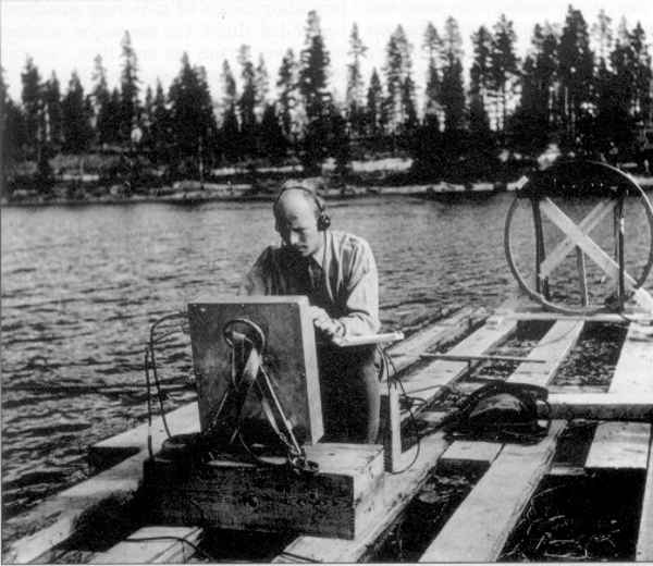 Searching for a crashed Ghost Rocket on Lake Kölmjärv, 1946. Public Domain image from Wikimedia Commons.